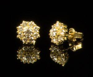 gouden-oorknoppen-diamant