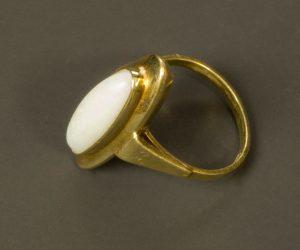 Ring 483b
