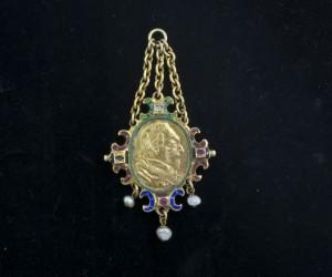Antiek zilver en goud